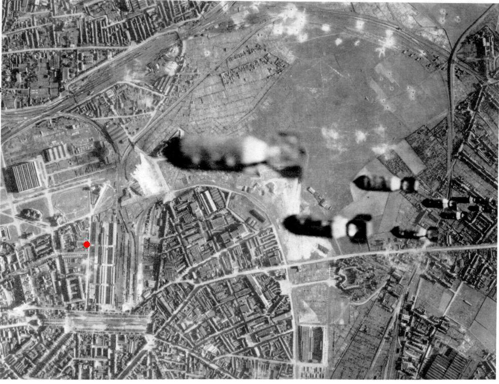 Bombing lille juin1944.jpg