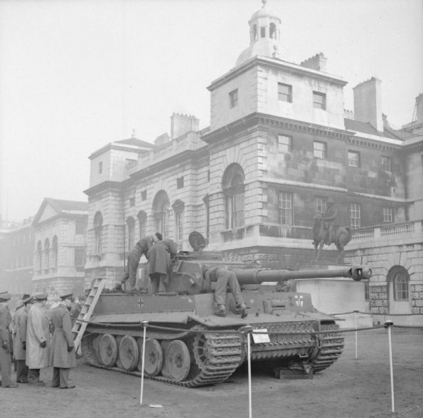 tiger-tank-in-London-595x587.jpg