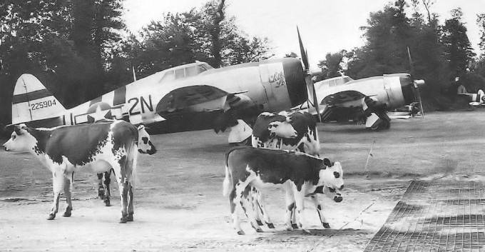 50th_Fighter_Group_P-47_Thunderbolts-680x353.jpg