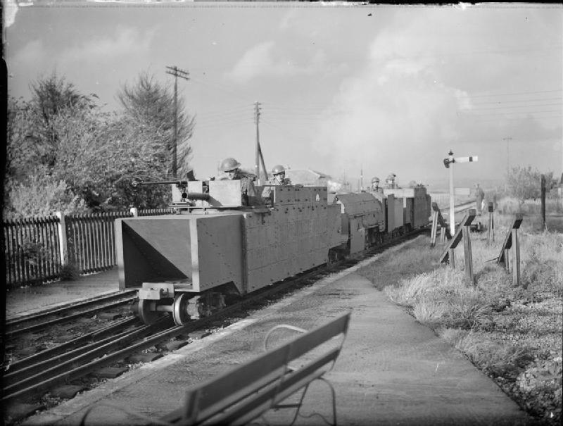 romney_hythe_and_dymchurch_armoured_train.jpg