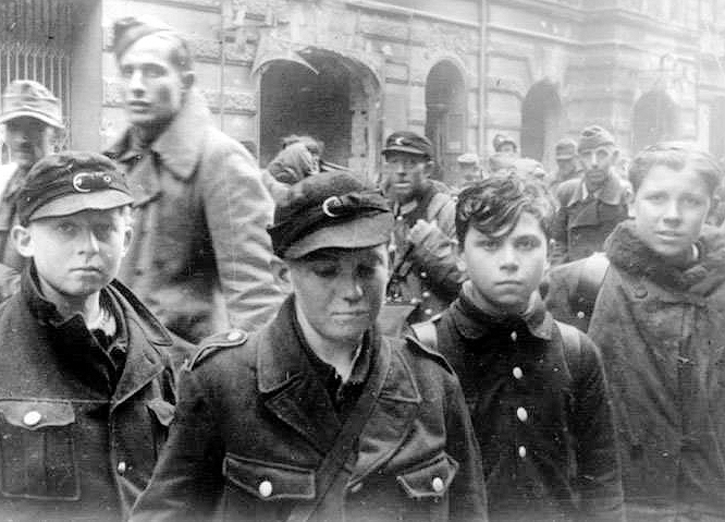german-child-war-prisoners.jpg