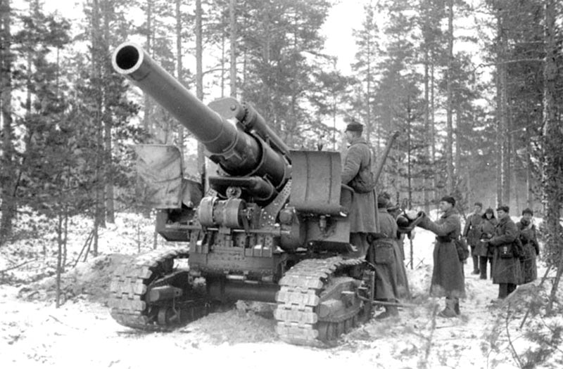 203mm-model-1931-b4-self-propelled-howitzer.jpg