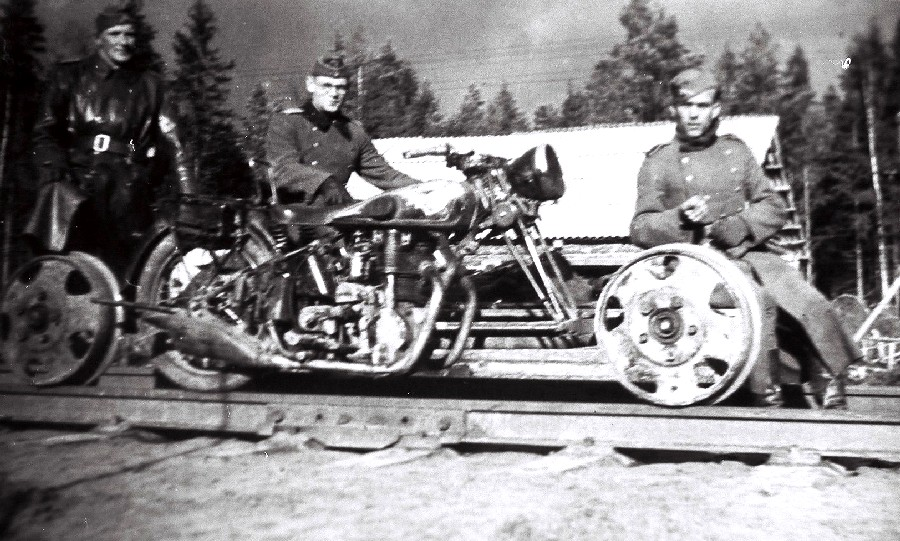 German Draisine Motorcycle Chopper_01.JPG