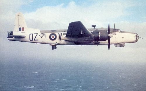 Britrish anti-submersible maritime patrol Vickers Warwick.jpg