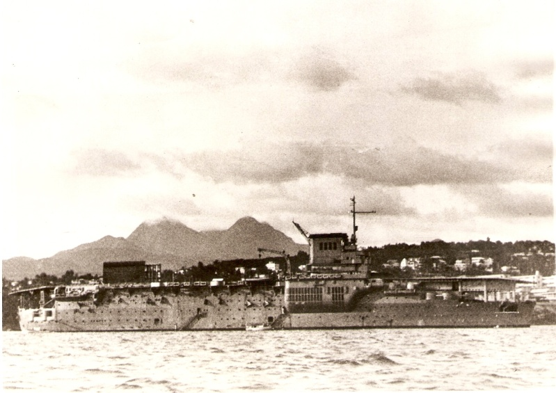 BEARN 1941 en martinique.jpg