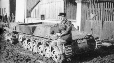 Tankette de transport de munition.jpg