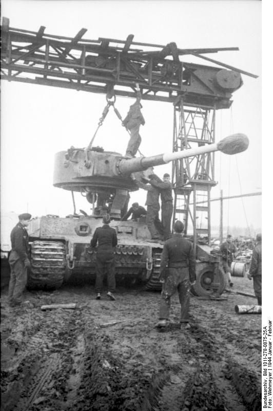 Repairing a Tiger I heavy tank in a field workshop, Russia, Jan-Feb 1944..jpg