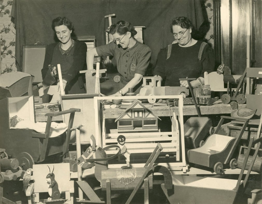 Toys for wartime nurseries made by group at Scots Hill Court, Croxley Green, Rickmansworth, Hertfordshire, 1941.jpg
