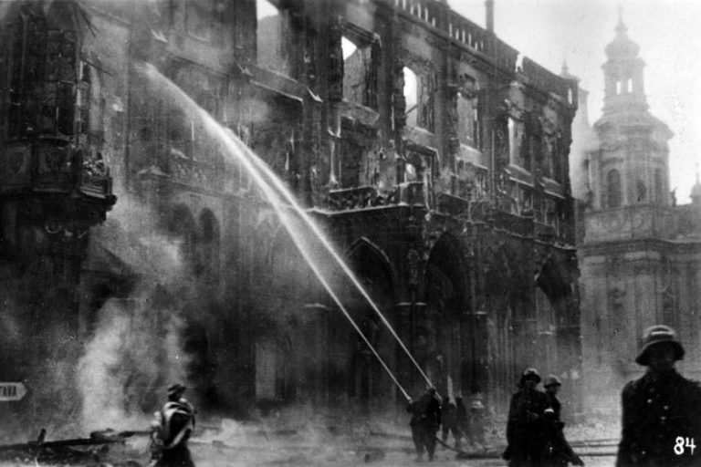 Firefighters attempt to extinguish Prague's Old Town Hall (via Prague City Archives).jpg