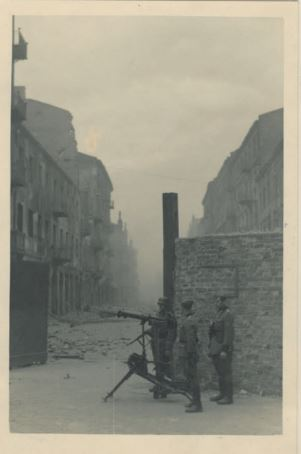 ghetto Varsovie 1943 6.JPG