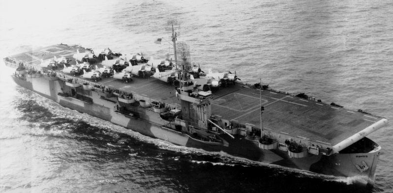 FOTOGRAFÍAS Y FICHAS QUE INTEGRAN LA HISTORIA. - Página 4 8833_USS_Solomons_CVE67_uno